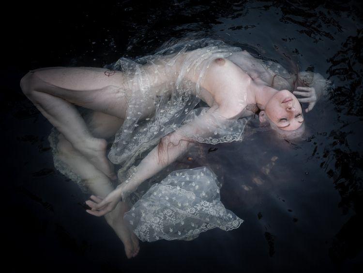 Model - photography, portrait, figurative - darkenergyphotography | ello