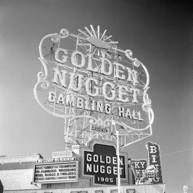 Las Vegas, Nevada 1957 Fremont  - nickdewolfphotoarchive | ello
