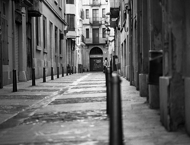 Streetphoto, bw, Tarragona, analogphoto - peterhphotography | ello
