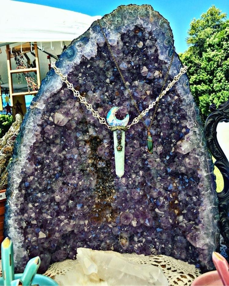 Healing stones life - amethyst, Moon - mermaidtearshawaii | ello