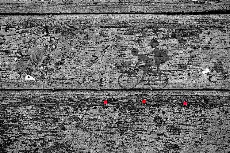 1 bici + 3 puntine rosse - Libe - wildesignart | ello