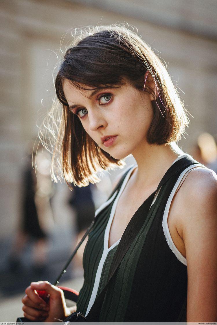Greta Lutosch / Armani Couture  - clichey | ello