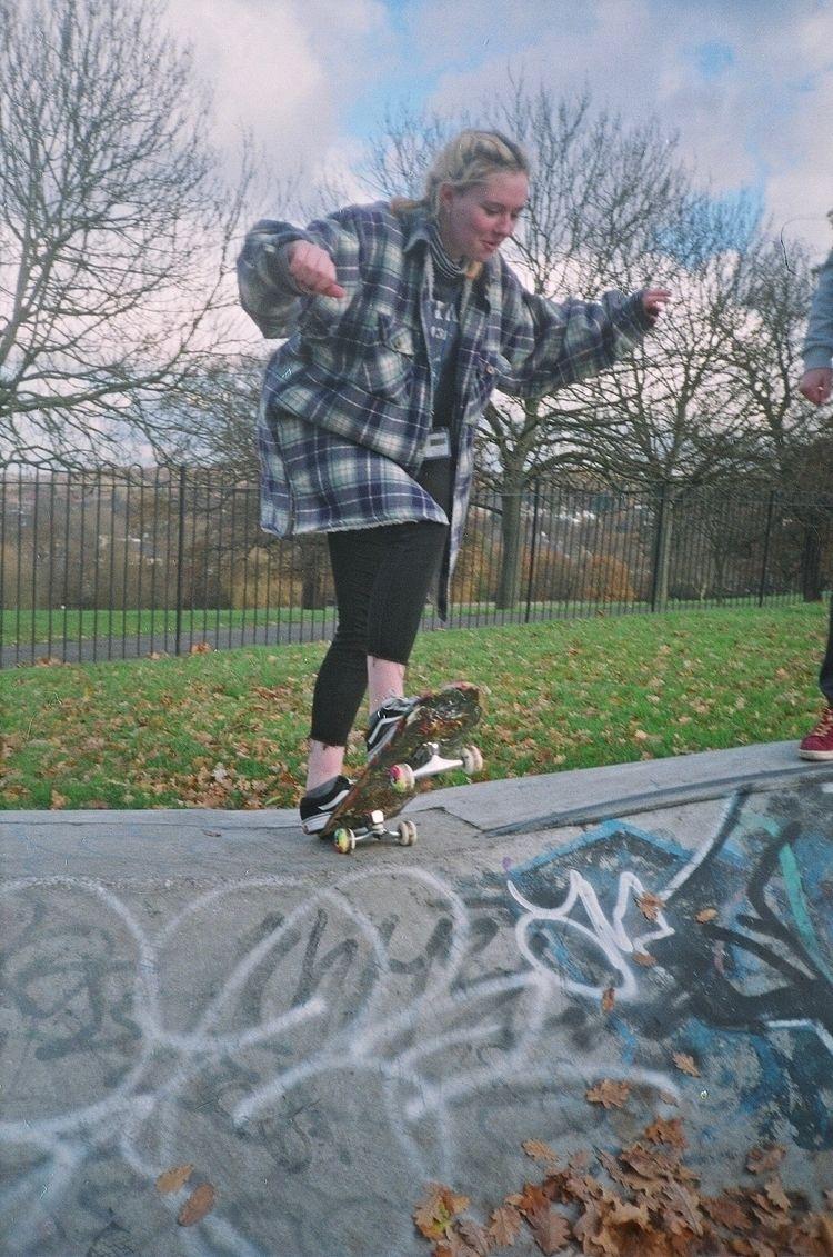 skate autumn - film, 35mm, filmisnotdead - carysmck | ello