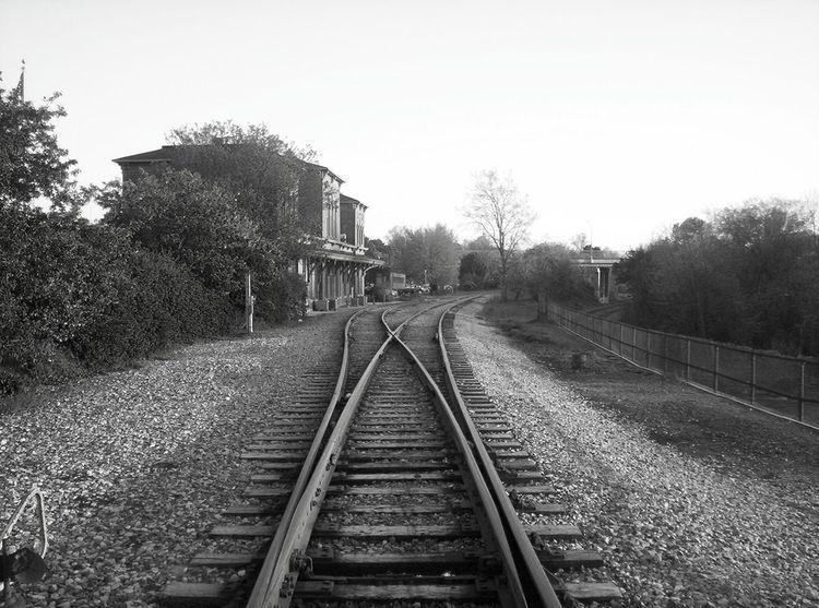 Vanishing Point - photography, streetphotography - futureluddite | ello