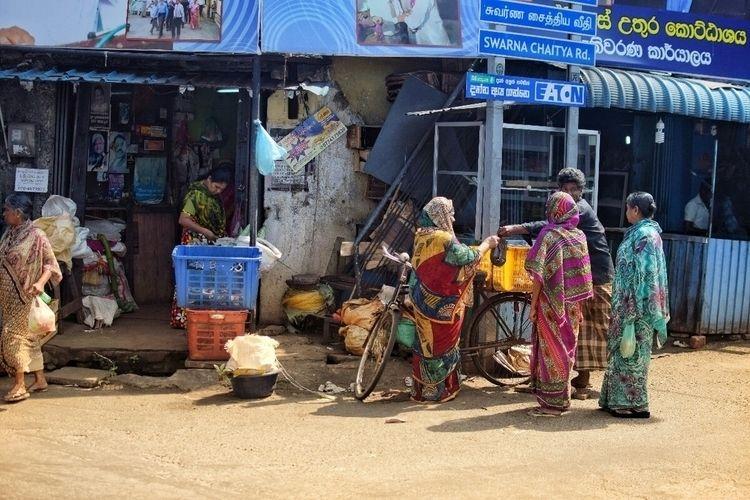 streets Colombo life colorful - ishootfilm - itooktheshot | ello
