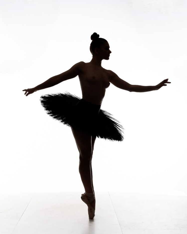 Ballerina silhouette Figure For - goopie | ello