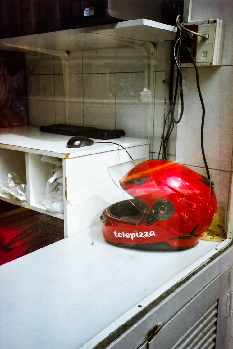 EmmanuelRV - Rojo - filmphotography - emmanuelrv | ello