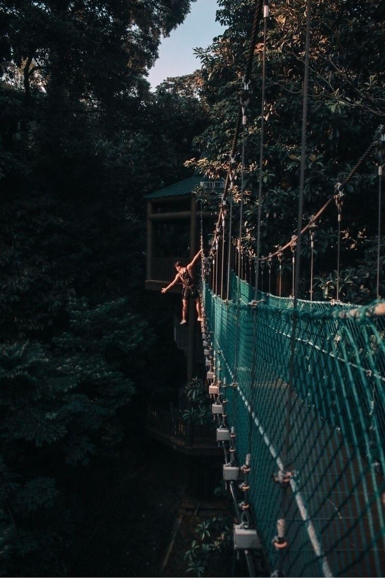 Hang loose KL Eco Park Split Ba - justbern | ello