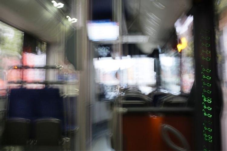 bus, zurich, langstrasse, saturdaymorning - elizabethoppermann | ello