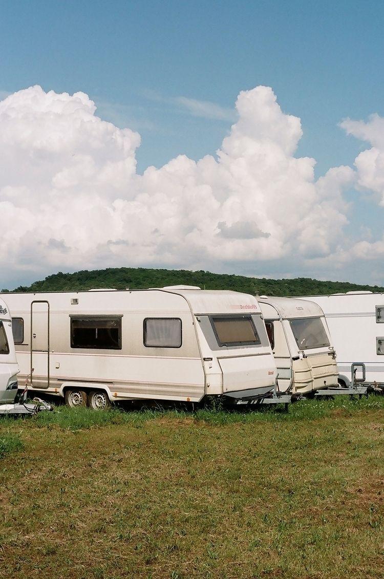 modern nomads, (2018) book istr - dominikgeiger   ello