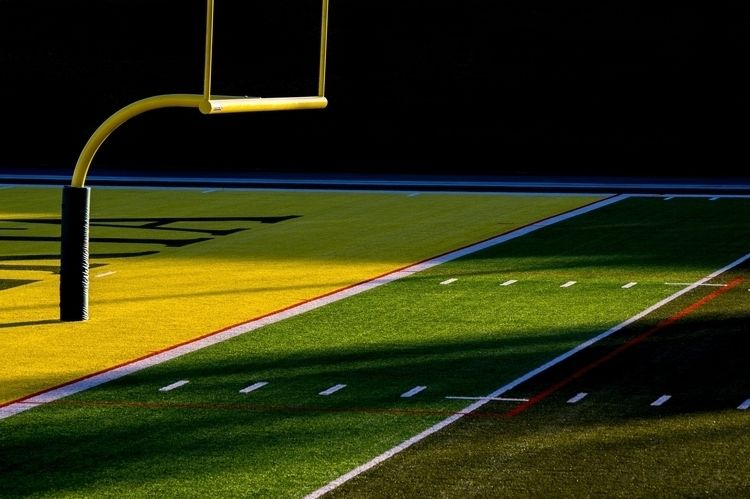 Team - football, stadium, emptiness - jeff_day   ello