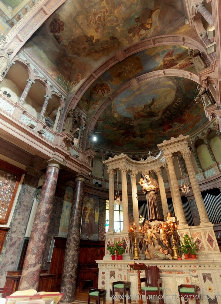 ( Presbytery altar Sanctuary Sa - milanofotografo | ello