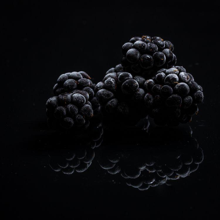 Frozen - blaxkberries,, fruits, - gkowallek | ello