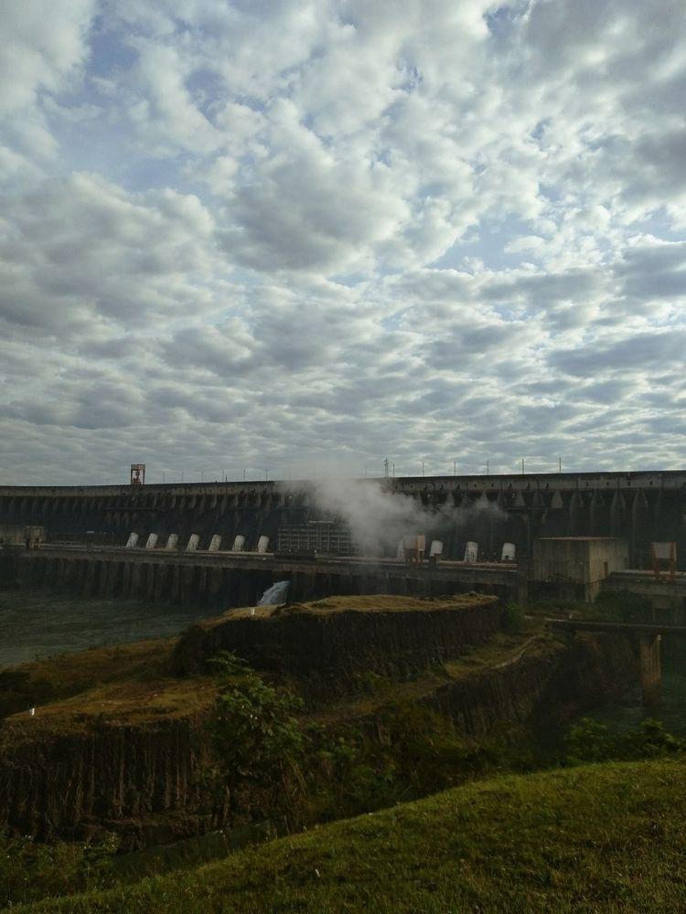 Usina Itaipu, Brasil - travelerschoice - meneguecoph | ello