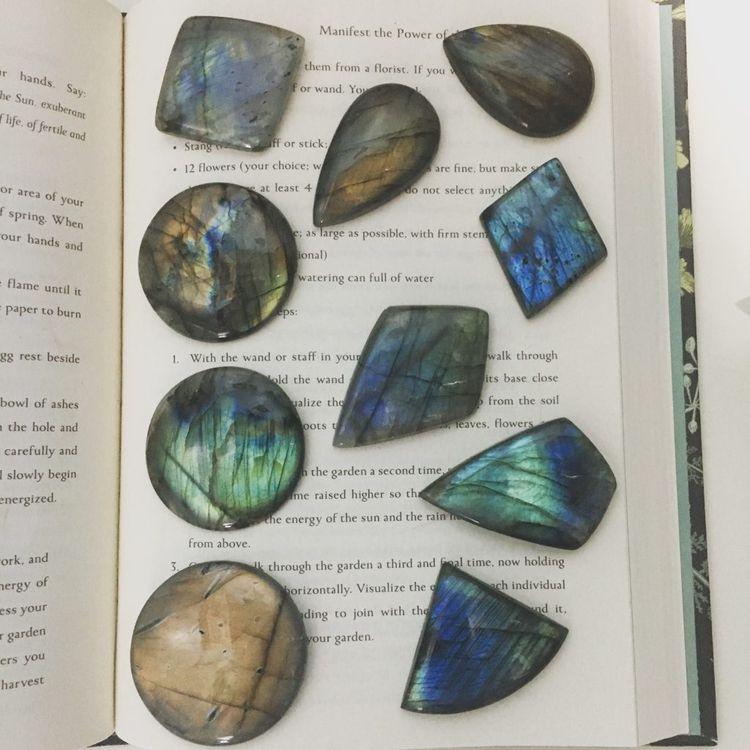 crystals, labradorite, cabochon - kristalcave | ello