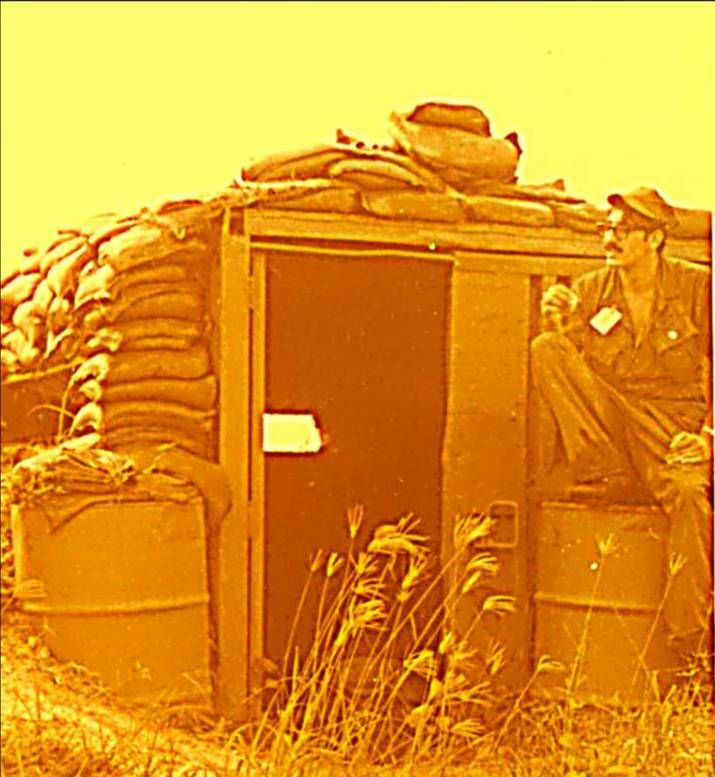 hanging bunker - charlylynx | ello