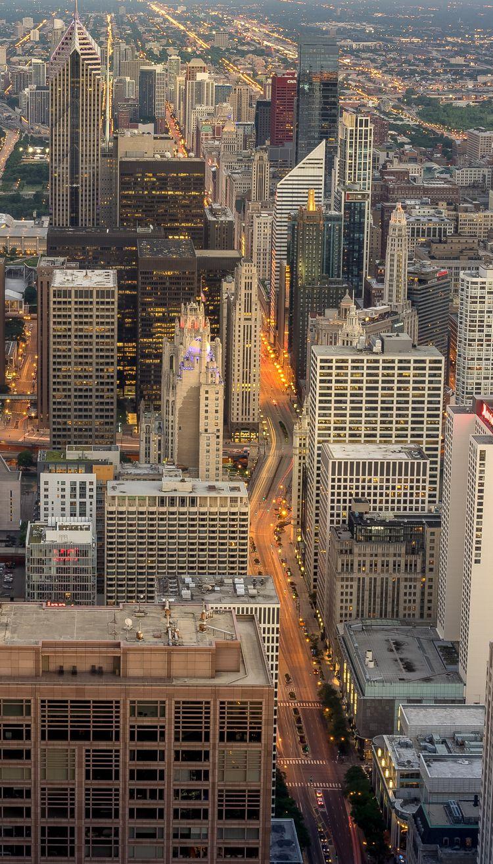 Light Michigan Avenue Chicago J - adam_dooley | ello