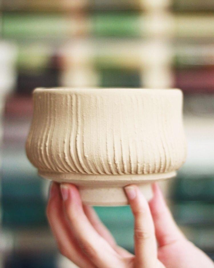 focusing texture manipulation,  - chrisswazie-ceramics | ello