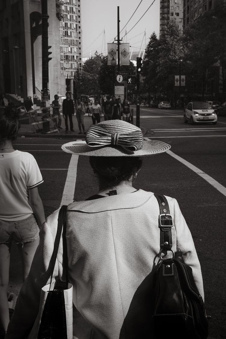 wear hat character - aovbnw, blackandwhite - kch | ello