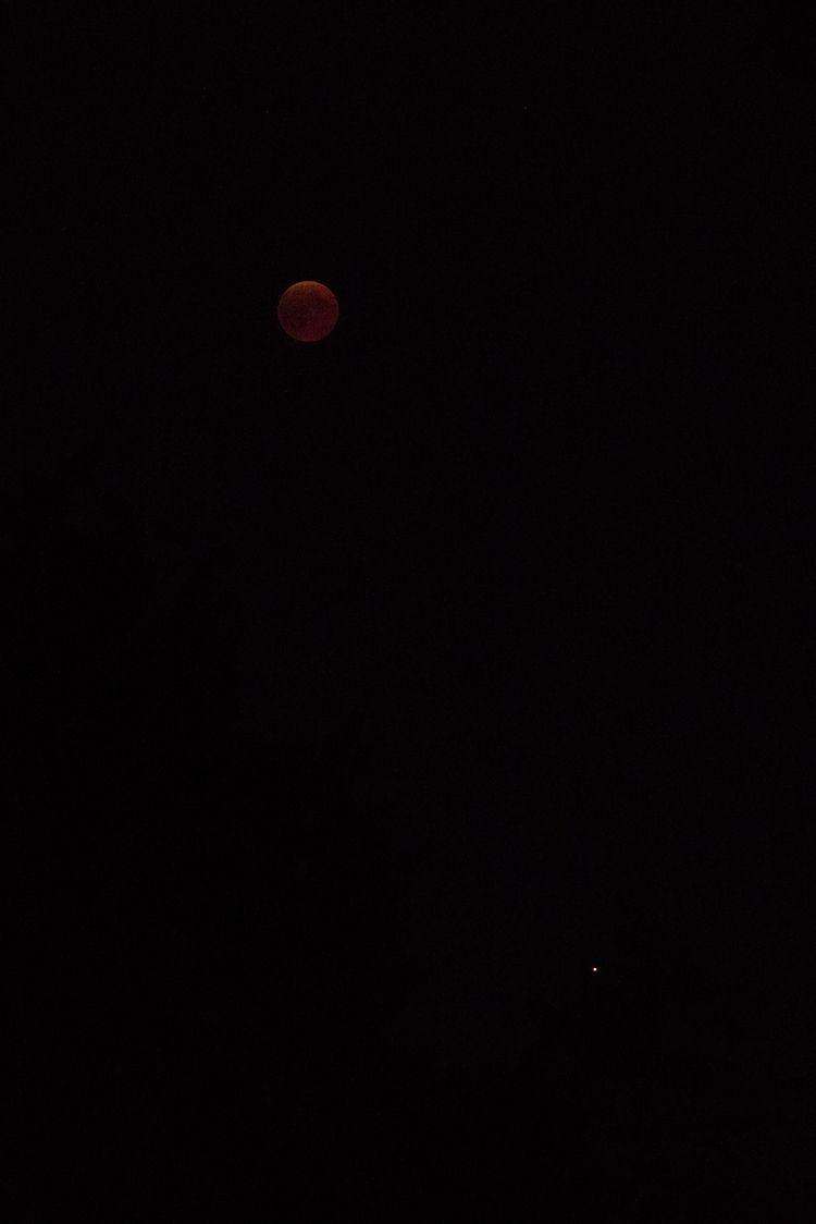 Blood Moon eclipse fourth plane - christofkessemeier | ello