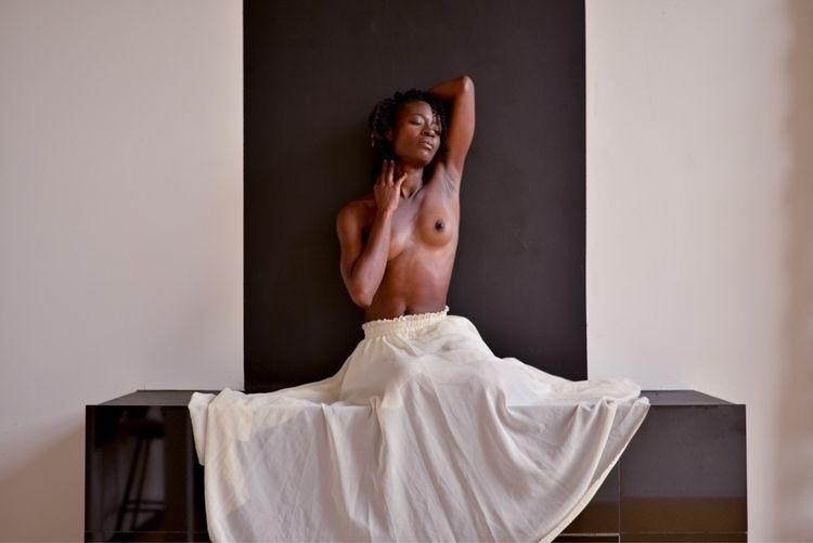 Gazelle - whitesilk, onyx, portraitphotography - thefabnears | ello