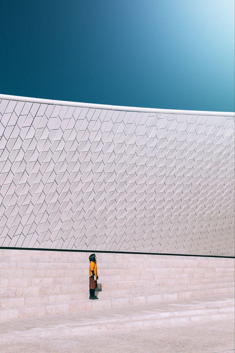 minimal, lisbon, portrait, architecture - tristanlb | ello