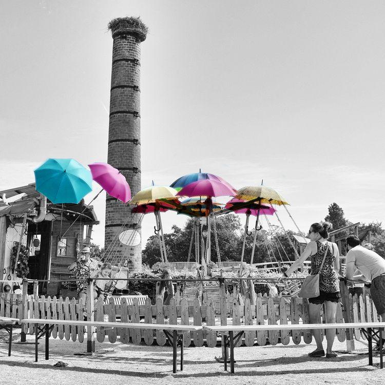 fun  - carousel, carrousel, play - thijstennekes | ello