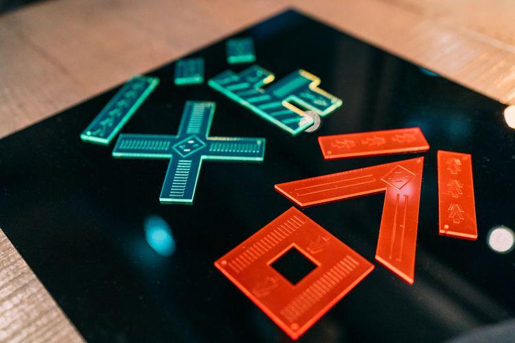 UV print custom acrylic plates  - julmeme | ello