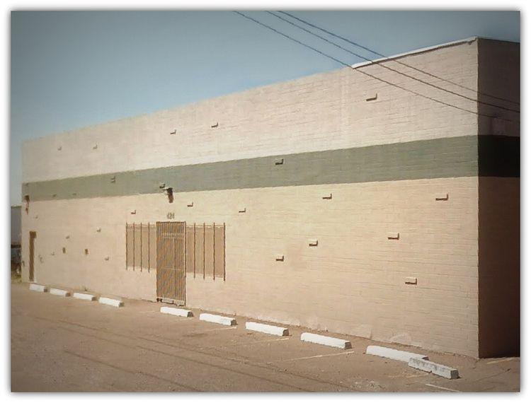 Walls / Stripe East Buckeye Roa - dispel | ello