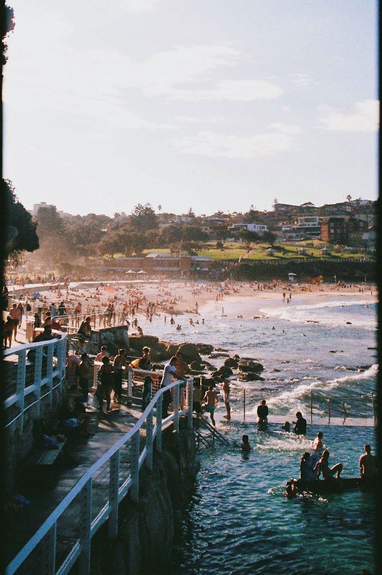 0015 bronte beach, australia - hughmcintyre | ello