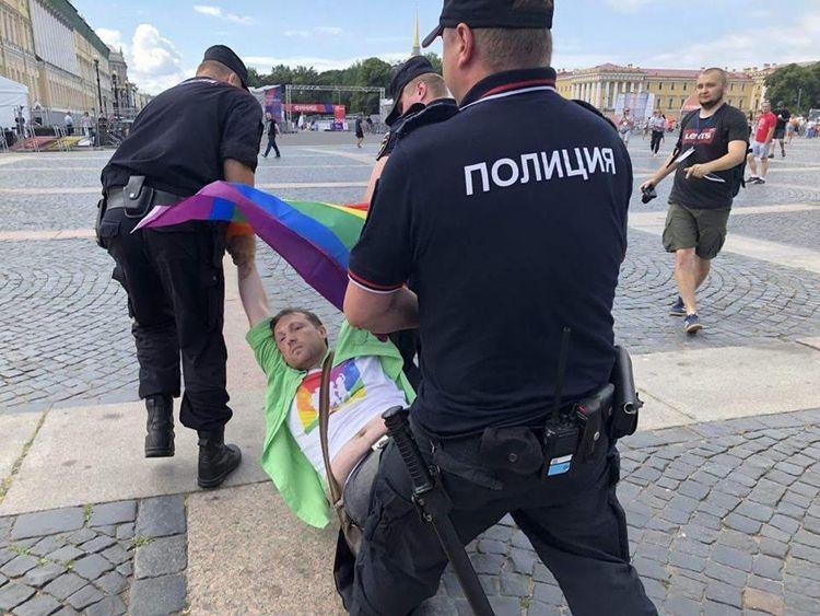 Petersburg activist Alexei Serg - russianreader | ello