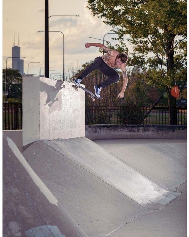 Nick Hanson Wallride nollie - skateboarding - marfacapodanno | ello