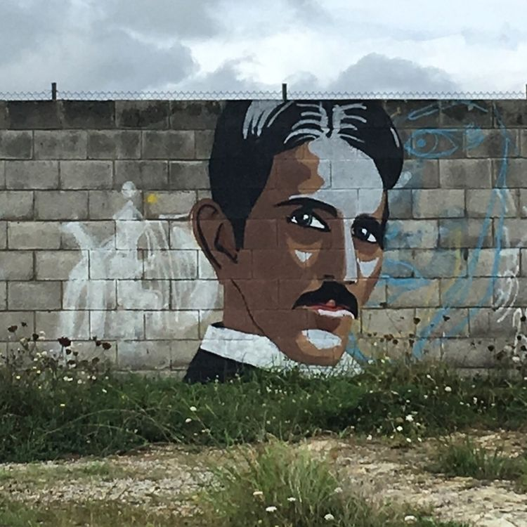 Tesla - Suances, Cantabria, streetart - antoniofse | ello