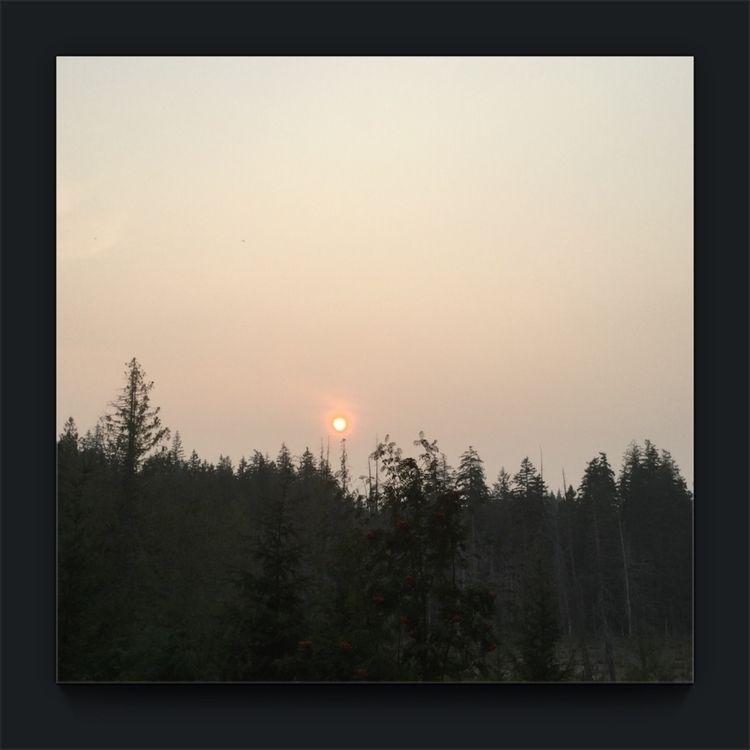 Smokey Sky view dinning room… k - laurabalducci | ello