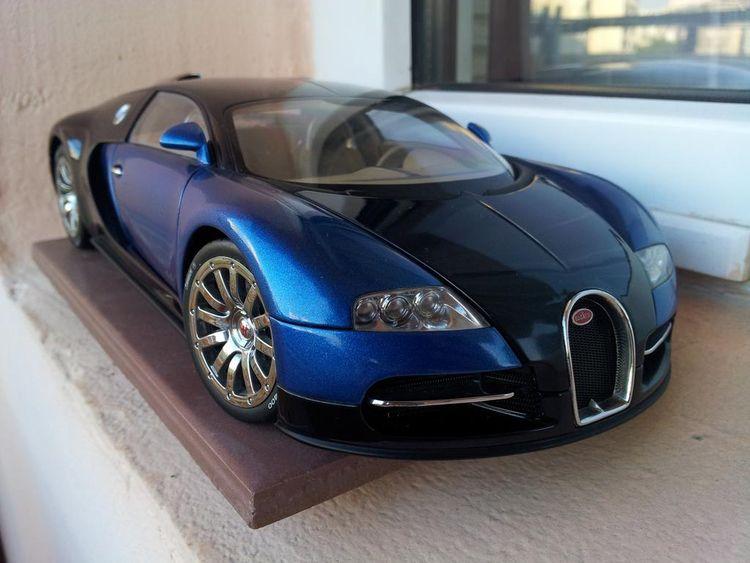 1:18 AUTOart Bugatti Veyron Con - rooster64 | ello