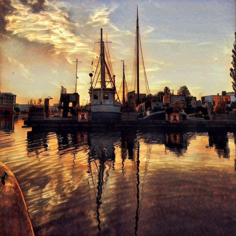 sunsets Amsterdam - dleftin   ello
