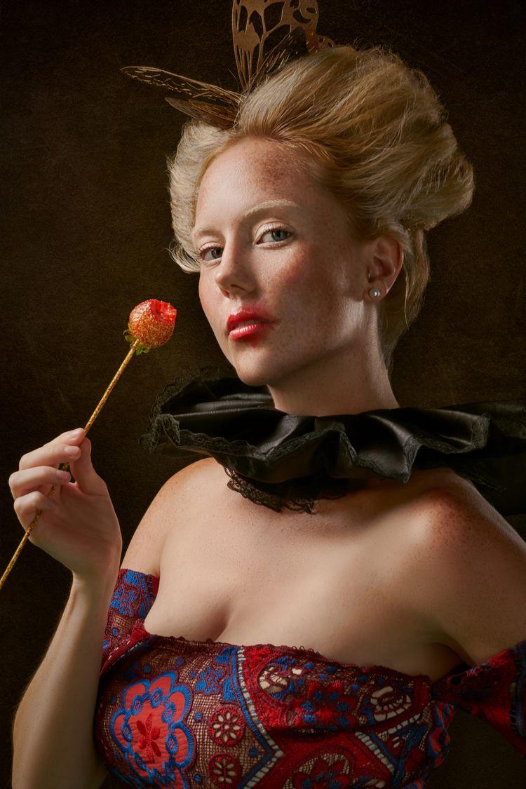 Taste Gold Model: Siri Meland F - see2believe   ello