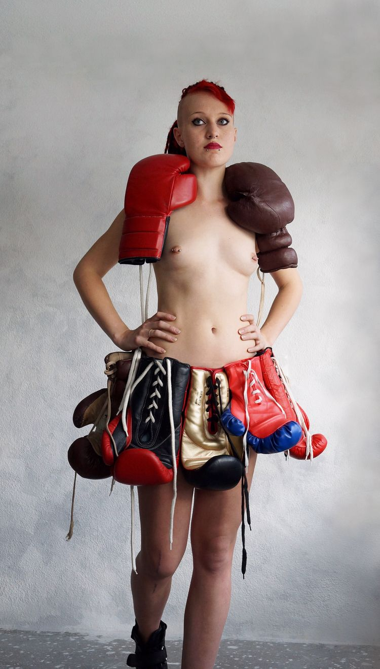 Boxing gloves dress ready 01247 - frango_artist | ello