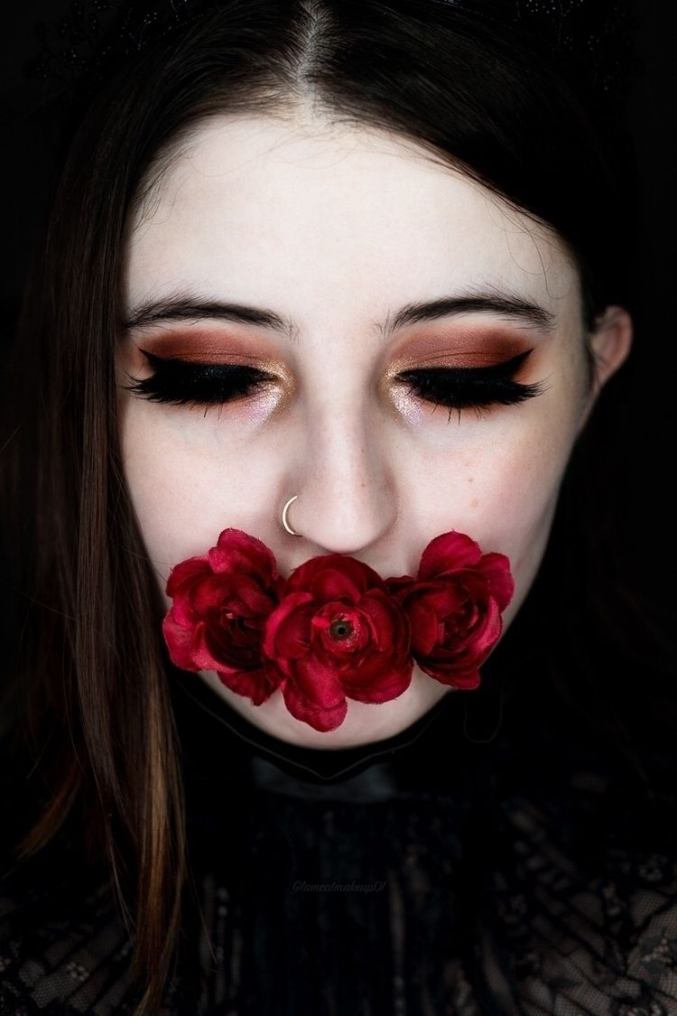 "Silence: Blood Fangs"" — Photogr - darkbeautymag 