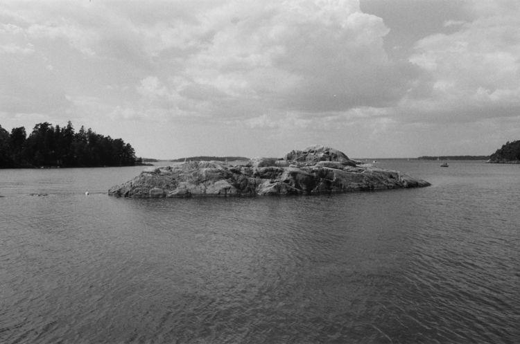 〜 Grinda, Stockholm, Sweden - filmphotography - ferreira-rocks | ello