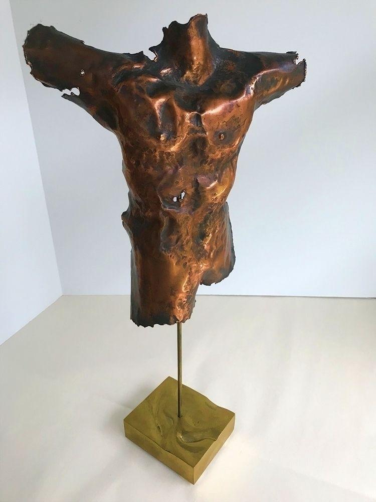TornSo hammered scrap copper sh - thoskite | ello