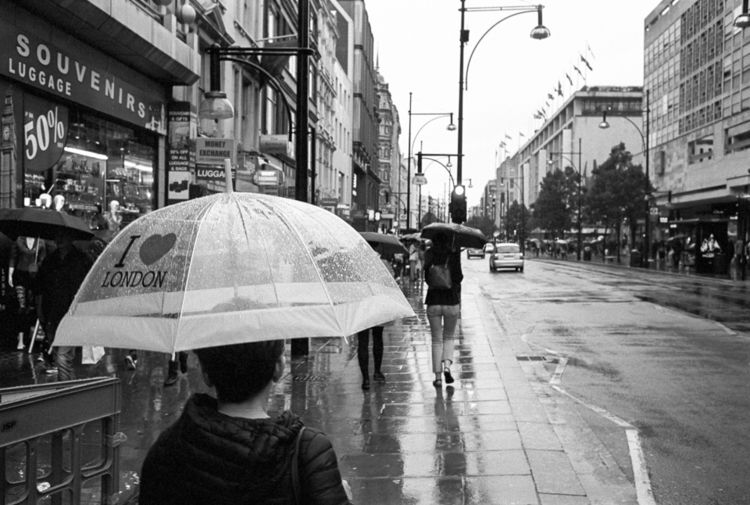 rain.. London, 2018 - LeicaM4, Kodak - stanleyomar | ello
