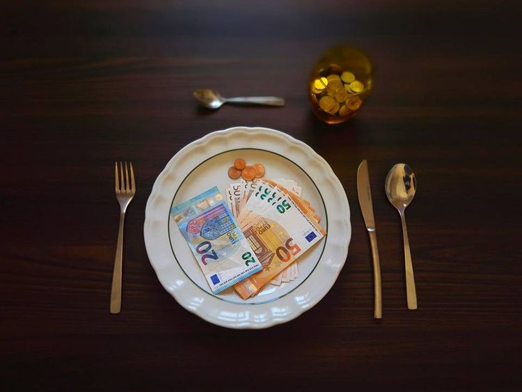 EAT MONEY, 2017 MALTA Size: 60  - nagysanya | ello