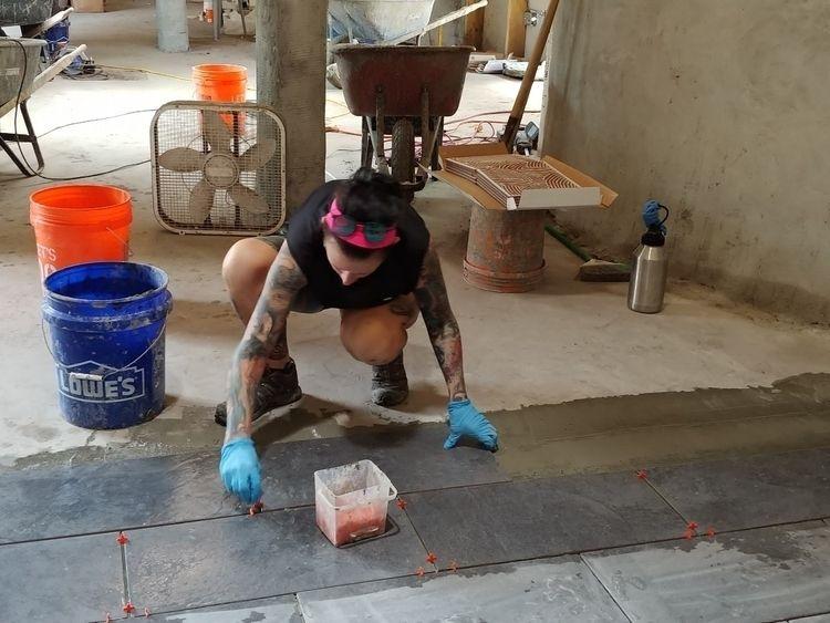 Learning tile earthship :blush - hardcoresteff | ello