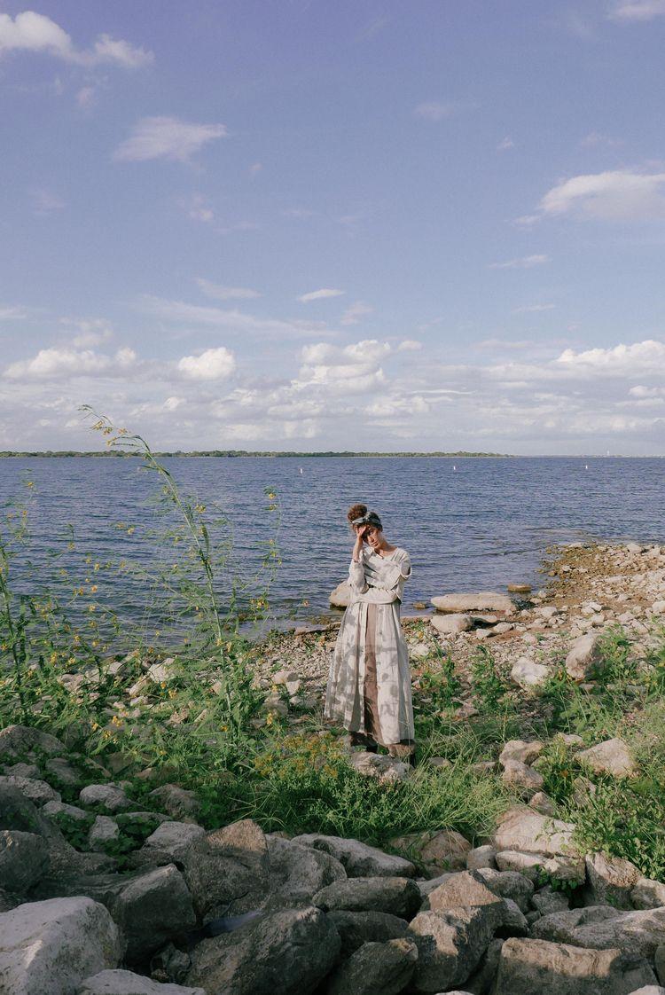 Tide, Linen find beauty. Captur - ariannaalexis | ello