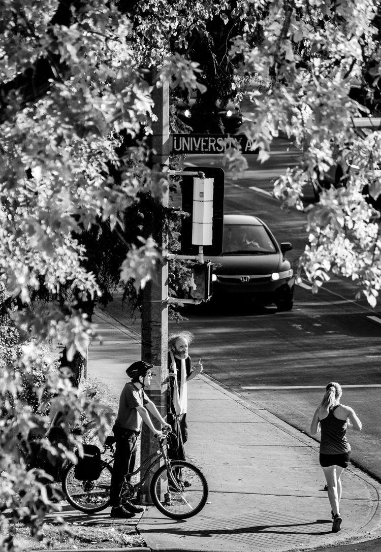 University Ave. corner fails am - jeff_day | ello