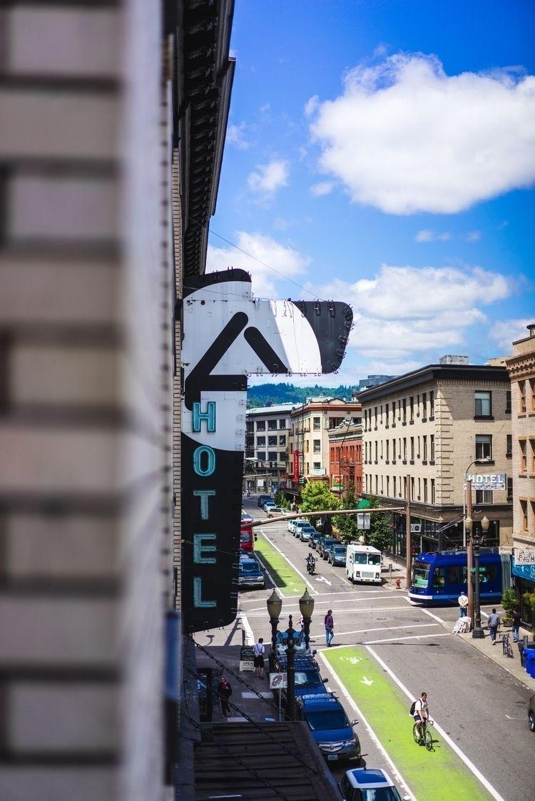 Ace Hotel - Portland, PDX - banastas | ello