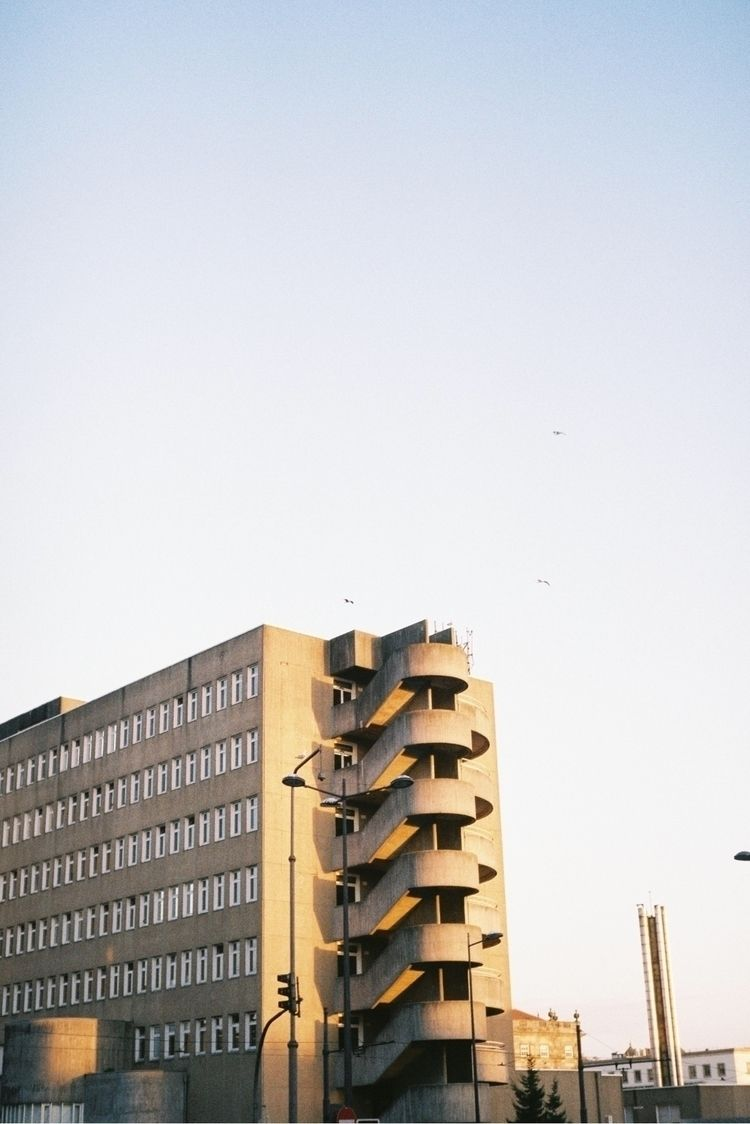 building, goldenhour, sky, film - russadasvendas | ello