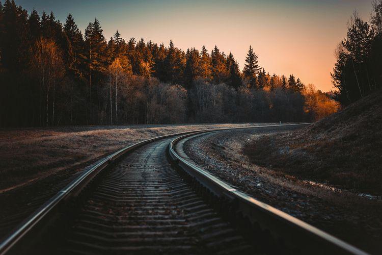 railways, sunset, walk, nature - iriser | ello