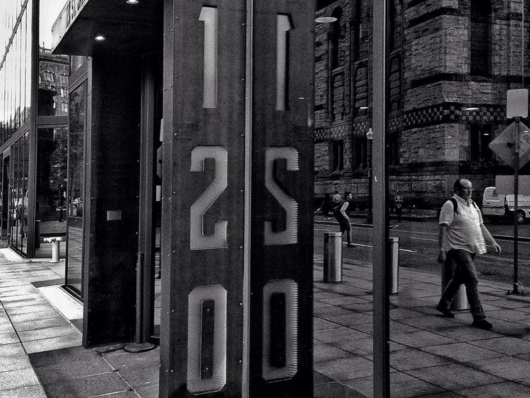 strangers street - streetphotography - electrachrome | ello